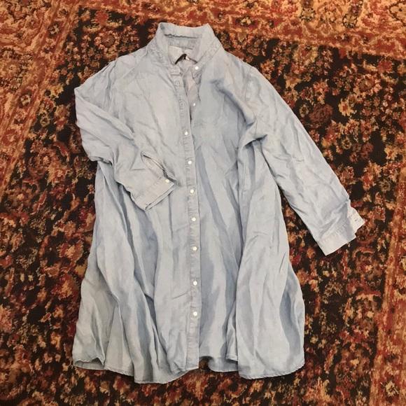 efe55f87be6 Zara Woman denim button down flowy dress
